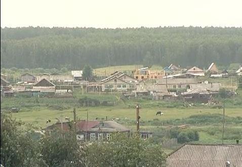Усть-Багаряк халкы авыл, аның мәктәбе һәм мәктәпкә нигез салучының юбилейларын билгеләп үтте