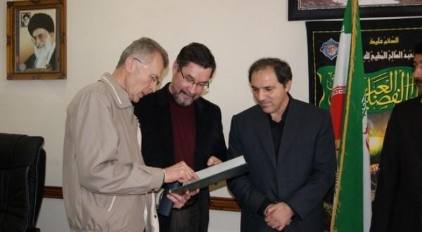 Галимнәребез Иран татарлары белән күреште