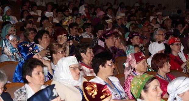 II Бөтендөнья татар хатын-кызлары форумы (фоторепортаж 2 кисәк)