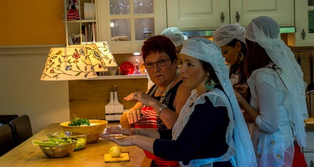Tatar women in Belgium are learning the secrets of the Flemish cuisine