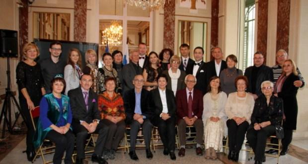 Парижская встреча с творчеством Равиля Бухараева