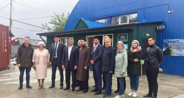 Председатель «Милли шура» встретился с активом татар Сахалина