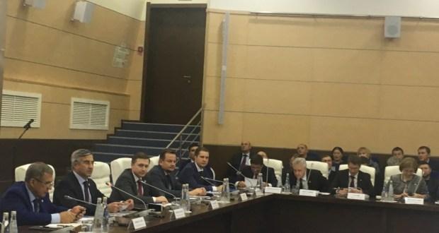 Татарстанның эшлекле хезмәттәшләре форумының пленар утырышы ачылды