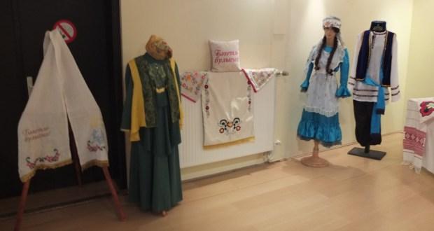Персональная выставка  изделий мастеров из Богатых Сабов в Брюсселе