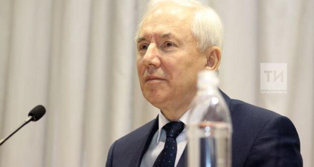 Ринат Закиров: Татар теле мәсьәләсендә чигенергә хакыбыз юк