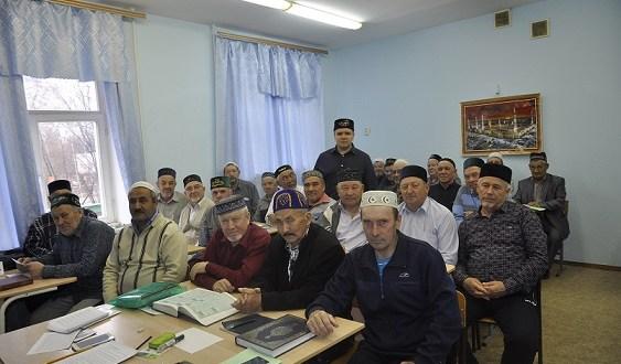 Имамы и муэдзины Самарской области пополнили свои знания