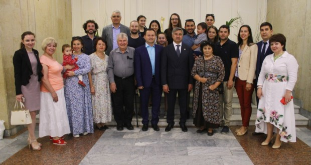 "Vasil Shaykhraziev at a meeting with the Tatars of Australia: ""Despite the fact that we live in different parts of the Earth, we are friendly, we are one"""