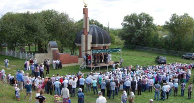 Нижгар өлкәсендә «Шәһидлар каберлеге» янында 1919 елда атып үтерелгән татарларны искә алачаклар