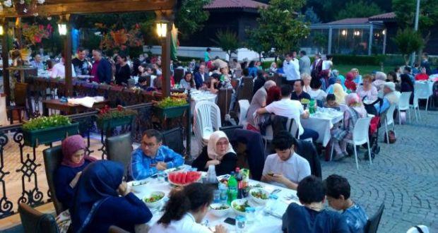 Истанбул татарлары ифтарга җыелды