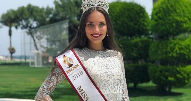 Обладательница короны «Мисс Туризм Россия» призналась в подкупе жюри чак-чаком