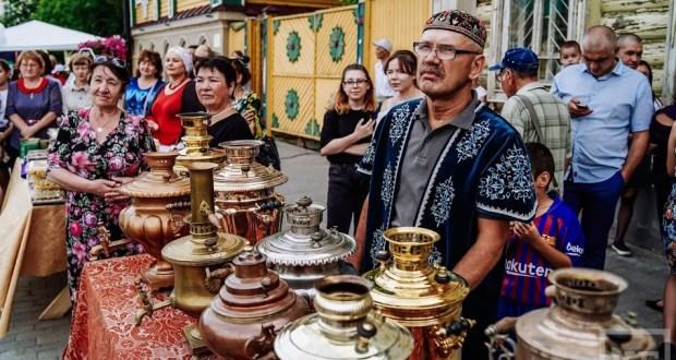Фестиваль главного татарского напитка провели в Казани