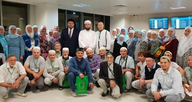 Татарстан мөфтие хаҗга баручыларны озатты