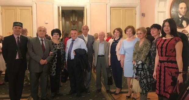 Штаб татар Москвы на концерт Рашида Калимуллина привёл 100 ветеранов татарского движения