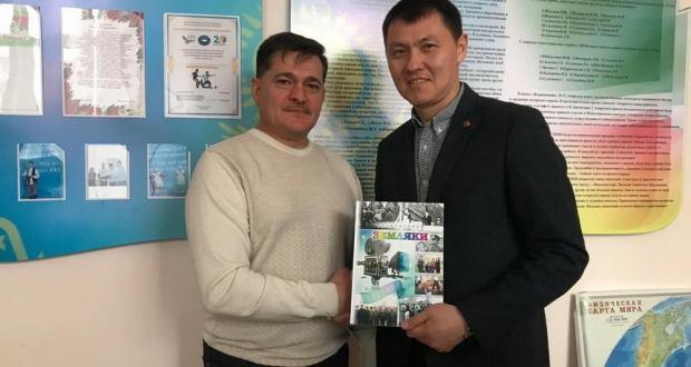 Радик Миниханов посетил татаро-башкирский центр «Дуслык» города Петропавловска