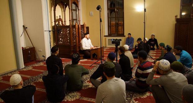 В Галеевской мечети начались открытые лекции об исламе