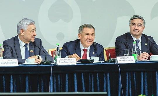 Рустам Минниханов: «В городе сохранить татарскость тяжело, поэтому нужно помогать селу»