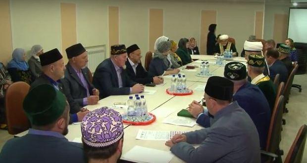 В Зеленодольске говорили о важности сохранения родных языков