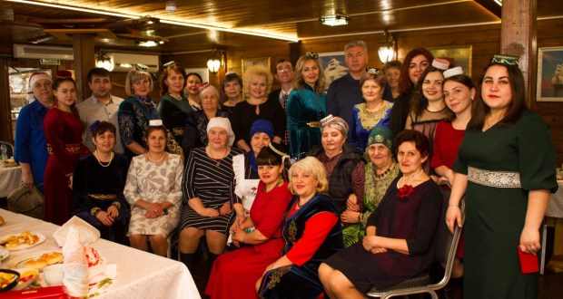 In Penza,  the role of mothers in  preserving   native language  discussed