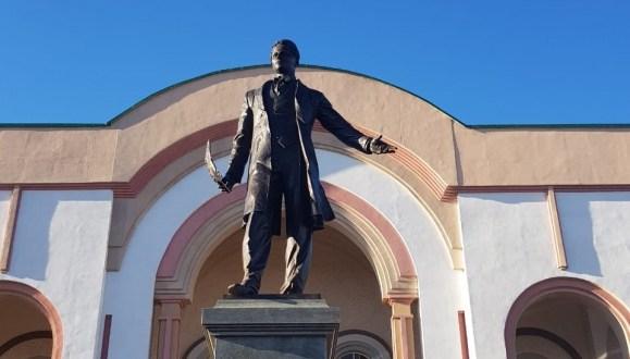 Уфада татарның бөек шагыйре Габдулла Тукайга Һәйкәл ачылды