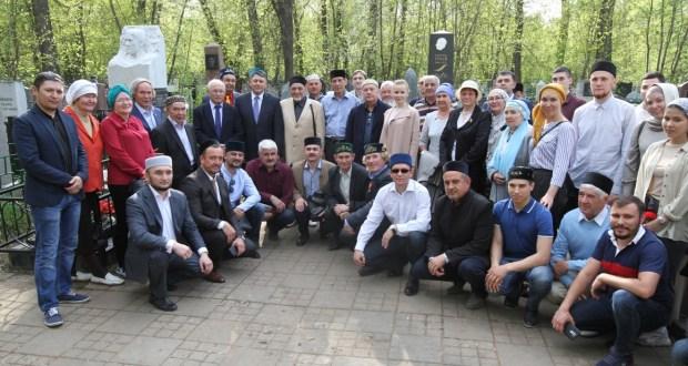 Kazan honored the memory of founder of the Tatar theater Gabdulla Kariev