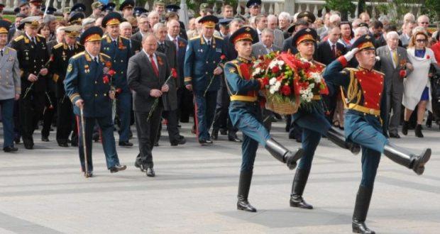 Приглашаем на церемонию возложения цветов к Могиле Неизвестного солдата