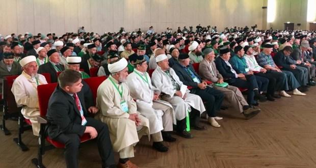 ФОТОРЕПОРТАЖ: Пленарное заседание X Всероссийского форума религиозных деятелей