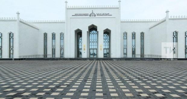 Президент Болгар ислам академиясе территориясендә балалар лагере төзергә кушты