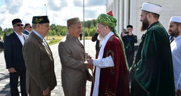 Тәлгать Таҗетдин Болгарны татарларның рухи Ватаны дип атады