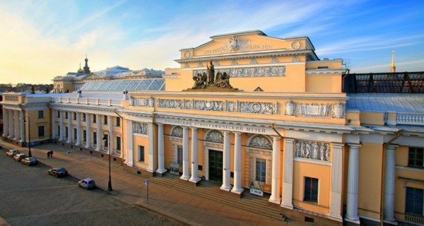 R. Valiullin meets with Director of the Russian Museum of Ethnography V. Grusman   July 30, 2019