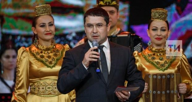 Татар артистлары чит ил Сабан туйларына яңа система буенча җибәрелә башлаган