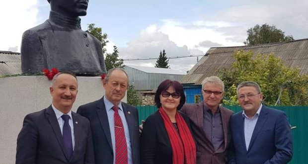 The opening of the museum of Fatih Karim took place in the village of Aitovo