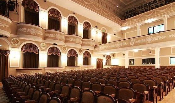 Бикчантаев и Зайниев поставят спектакли в театре им. Тинчурина