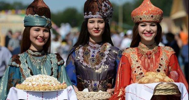 """""""Мы не просто друзья, мы – родня!"""" Как живется татарам в Чечне?"""