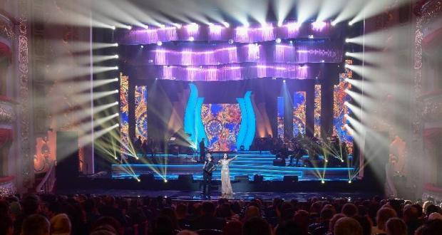 Рустам Минниханов посетил IV фестиваль татарской песни «Үзгәреш җиле» («Ветер перемен»)