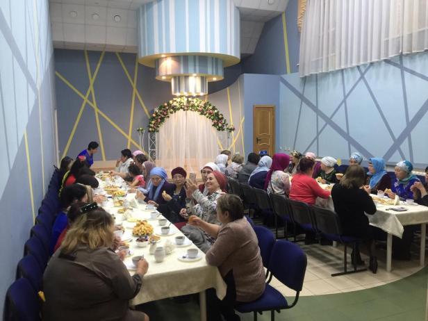Бугенге татар хатын кзы кем ул (1)