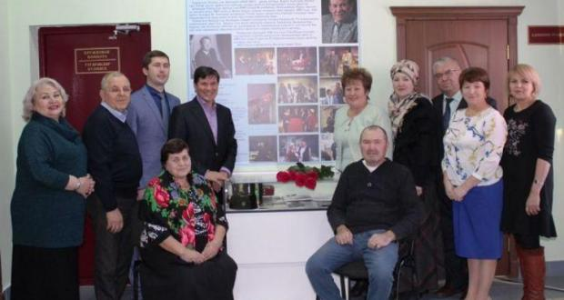 Лаеш районында Татарстанның халык артистына мемориаль панно ачтылар