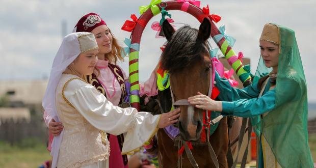 В приграничном районе Бурятии с. Усть-Кяхта откроются музей-усадьба татарского быта и кабинет родного языка