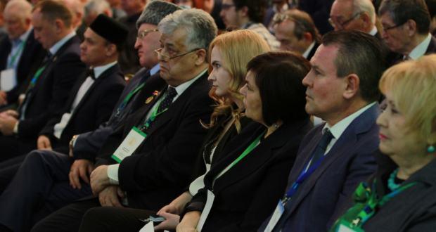 ФОТОРЕПОРТАЖ: Бөтендөнья татар конгрессы Милли Шурасының киңәйтелгән утырышы