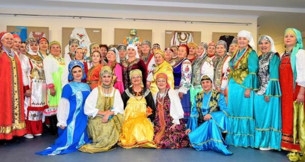 В Доме Дружбы народов Чувашии состоялось награждение участников II республиканского конкурса-выставки «Национальный костюм и современность».