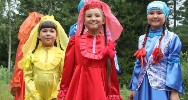Школа деревни Янтык знакомит ребят с уникальной татарской культурой
