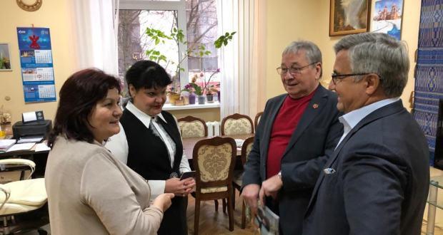 Василь Шайхразиев ознакомился с Республиканским центром национальных культур в Минске