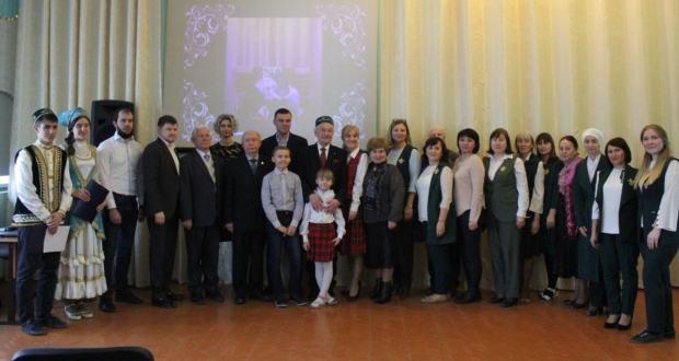 В Саратове установили мемориальную доску профессору Исхаку Мустафину