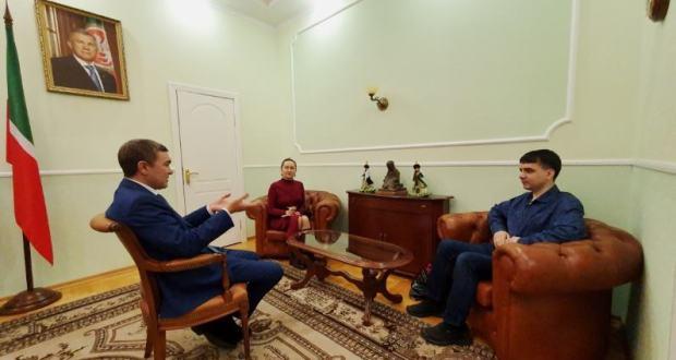В Постоянном представительстве обсудили вопросы работы портала татар Санкт-Петербурга и Ленинградской области