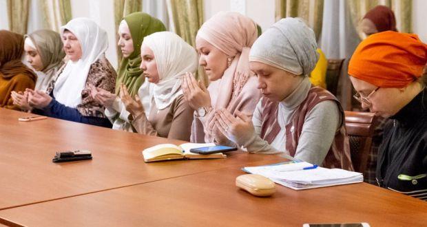 Аксакалы обратились к молодежи: в Казани стартовал новый сезон публичных лекций