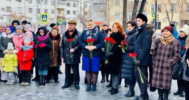 A ceremony was held in Chelyabinsk to mark the 114th birthday of the great Tatar poet Musa Jalil
