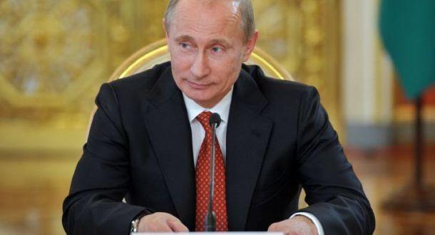 Россия Президенты Владимир Путин Конституциясенә төзәтмәләр кертү буенча тавыш бирде