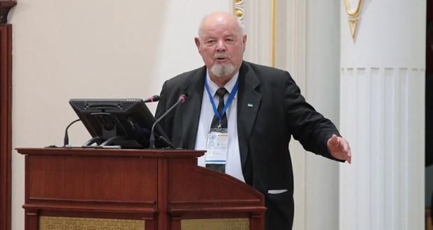 Председатель Совета Старейшин Татар и Башкир в Узбекистане поздравляет со 100-летием ТАССР