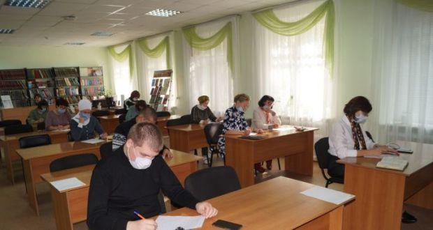 Елабужане присоединились к образовательной акции «Татарча диктант»