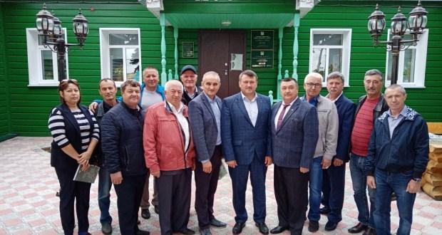 Ульяновскиның татар эшмәкәрләре Кайбыч районында булып киттеләр