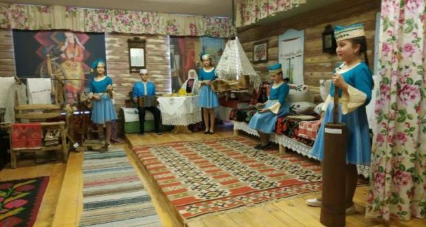 В Татарской гимназии № 65 Уфы состоялось открытие Историко-этнографического музея «Мирас»